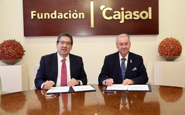 La Fundación Cajasol reafirma su apoyo a la Semana Santa onubense