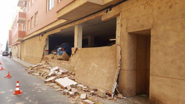 Muro derrumbado en Alzira
