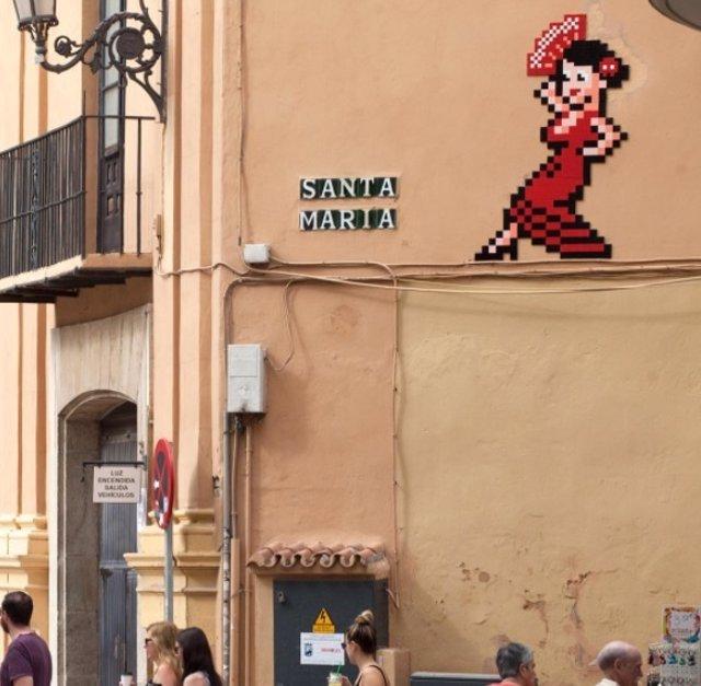 Gitana obra Invader Flash flamenca mosaico málaga palacio episcopal obispado