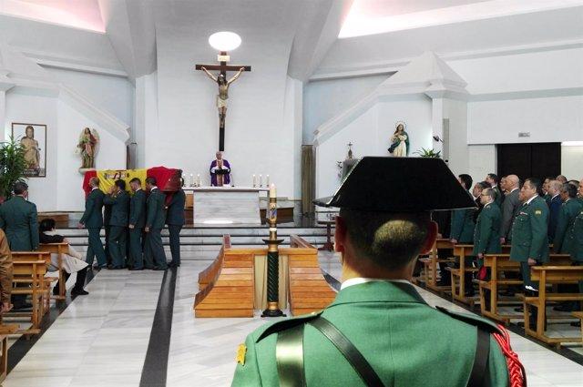 Funeral del guardia civil malagueño fallecido en Guillena por el temporal