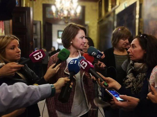 La portavoz del PP en Cort Margalida Durániii atiende a los medios