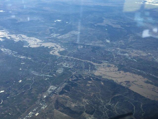 Imagen aérea de la riada del Ebro