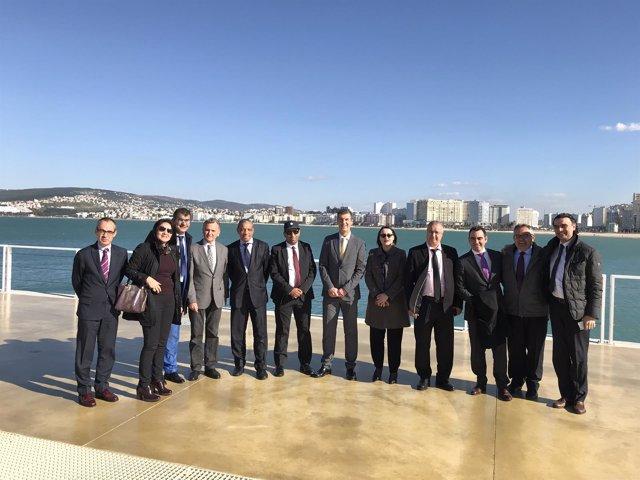 Delegación de Málaga en el puiero de Tanger