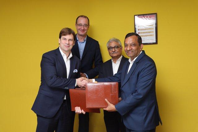 Mahindra y Ford se unen para desarrollar todocaminos y un eléctrico