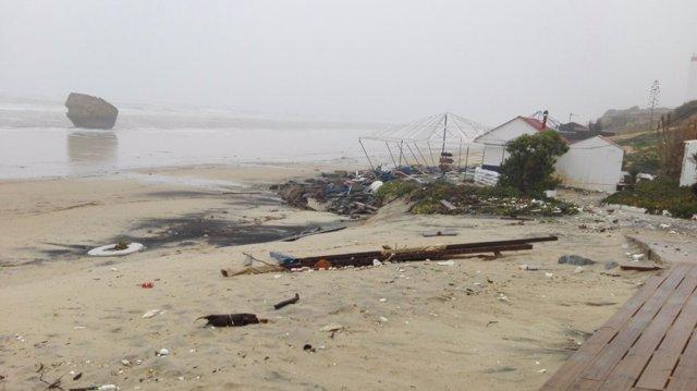 Efectos del temporal de lluvia y viento en Matalascañas
