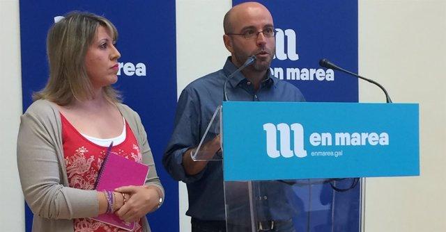 Luís Villares y Carmen Santos en rueda de prensa