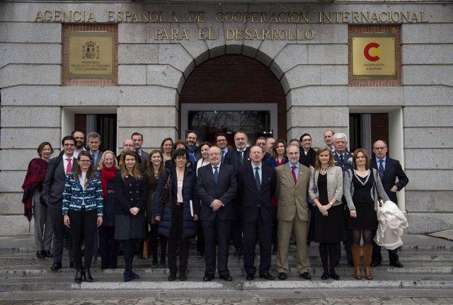 La comisión interministerial tras aprobar el V Plan Director de Cooperación