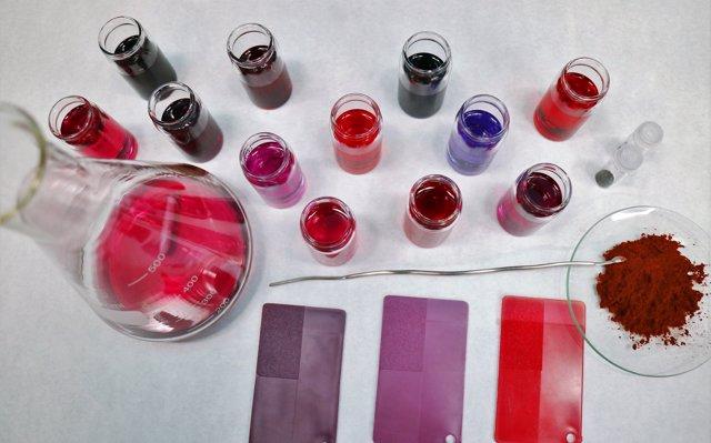 Desarrollan colorantes que cambian su tonalidad según dónde se apliquen