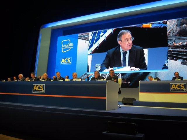 Florentino Pérez ante la junta de accionistas de ACS