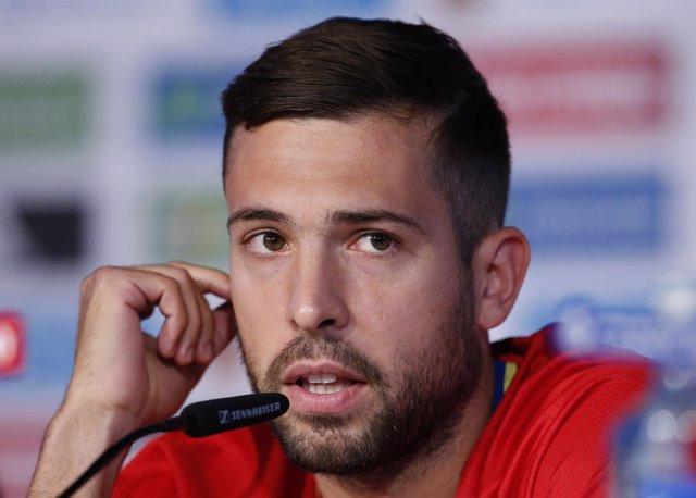 Jordi Alba en rueda de prensa con la selección española
