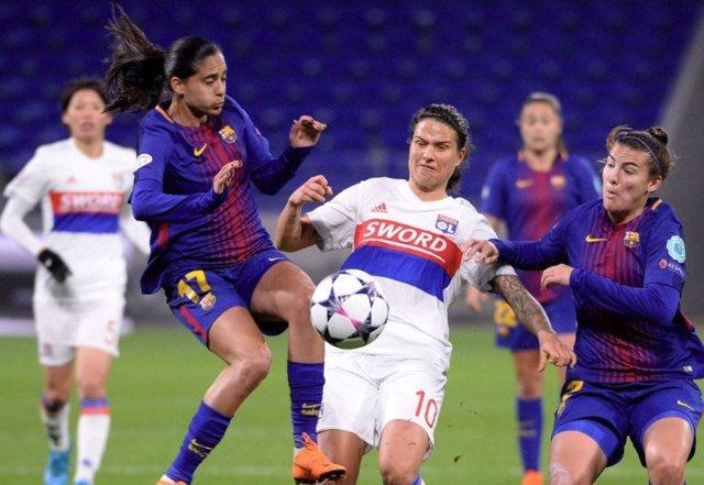El FC Barcelona femenino ante el Olympique Lyon