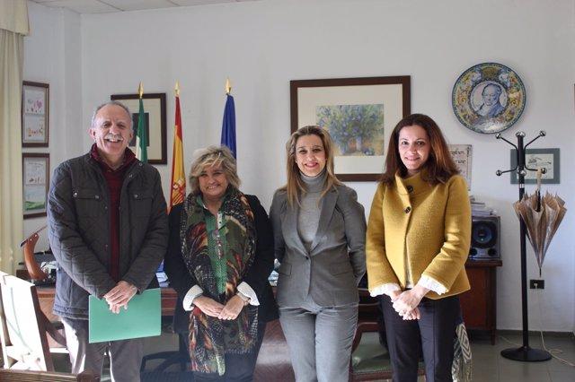Alcalá de Guadaíra y Junta firman convenio sobre educación