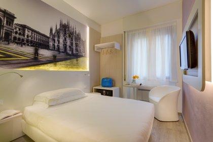 Caen un 8,99% las pernoctaciones en los hoteles en febrero