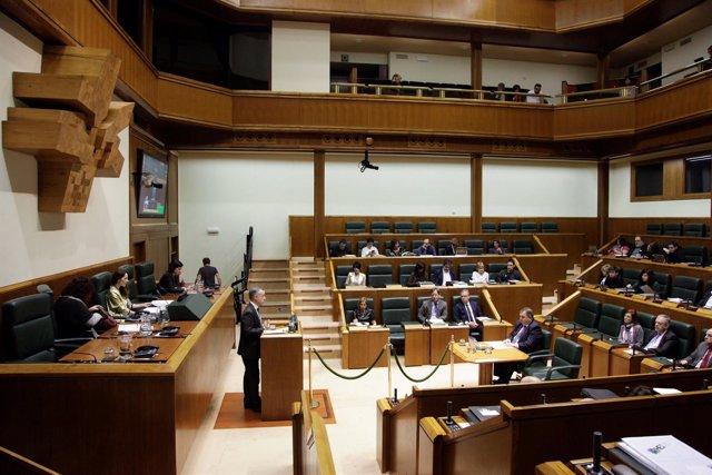 El lehendakari en el Parlamento Vasco