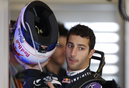 Ricciardo pierde tres plazas en la parrilla por exceso de velocidad con bandera roja