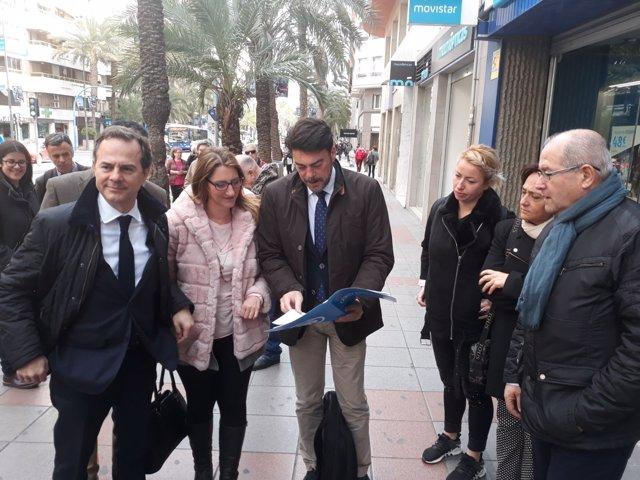El PP formaliza ante notario la moción de censura contra Echávarri