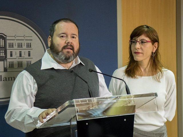 Podemos pide instar al Gobierno a derogar la Lomce