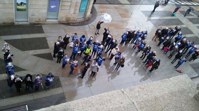 Trabajadores de la justicia este viernes en Pontevedra