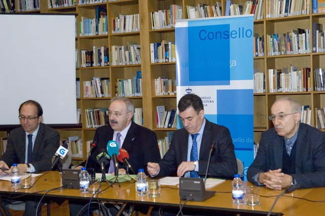Presentación de un informe sobre la cultura gallega con conselleiro y Villares