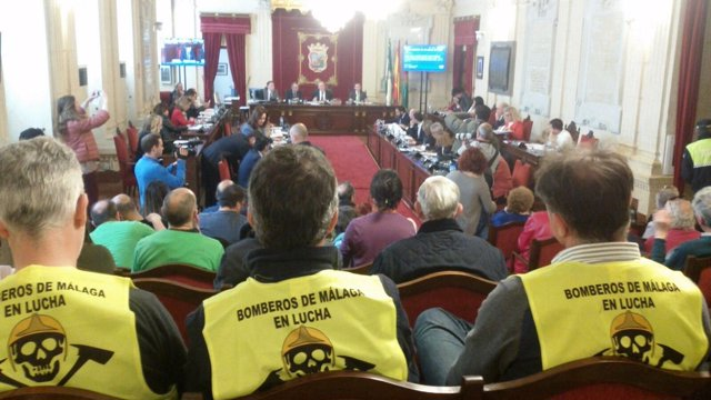 Bomberos en el Ayuntamietno de Málaga