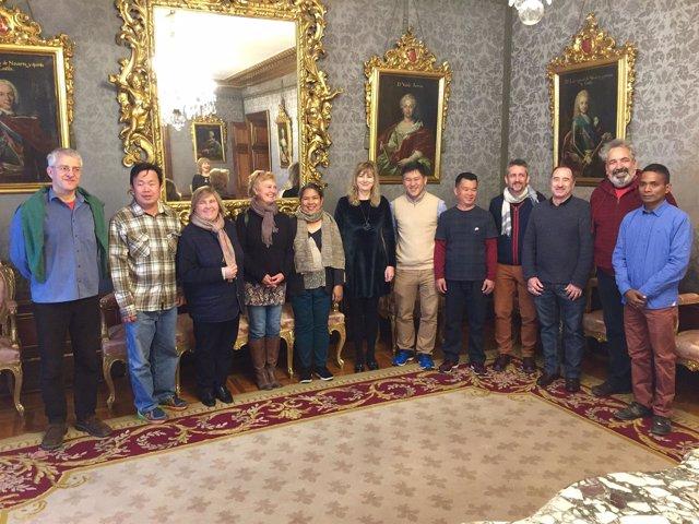 Ollo con representantes del proyecto ASYA Erasmus+