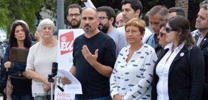 Un juzgado cita como investigado al excoordinador de EUPV por el viaje a Cuba pagado supuestamente con dinero público