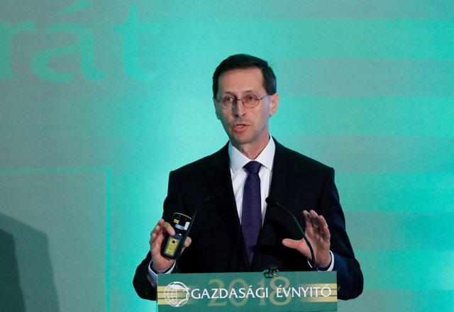 Ministro de Economía húngaro, Mihaly Varga