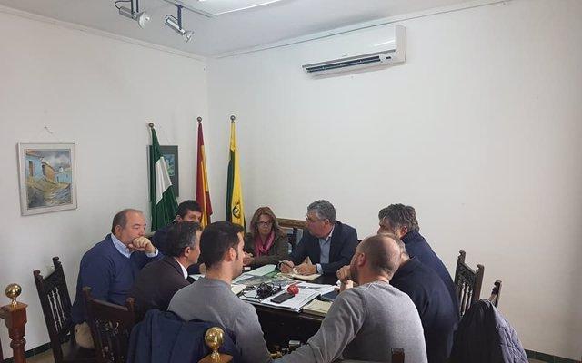Junta y Alájar (Huelva) se reúnen para que el hábitat rural diseminado en El Calabacino sea incluido en el PGOU