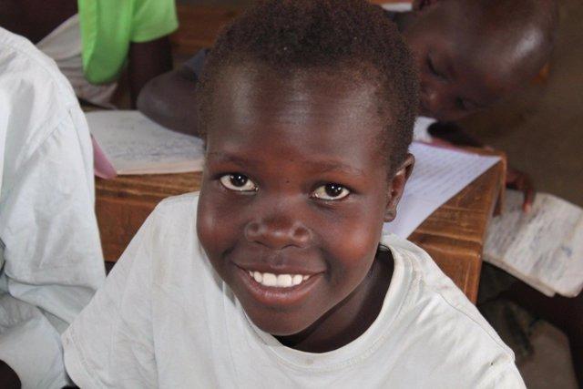 Stella Aragae, una joven huérfana de Lokitaung (Turkana, Kenia)