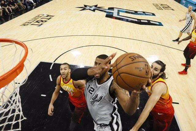 San Antonio Spurs LaMarcus Aldridge Ricky Rubio Utah Jazz