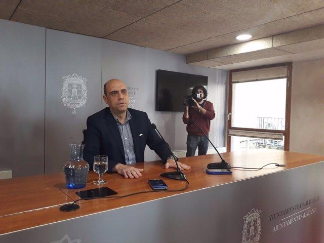 El alcalde de Alicante, Gabriel Echávarri, este lunes