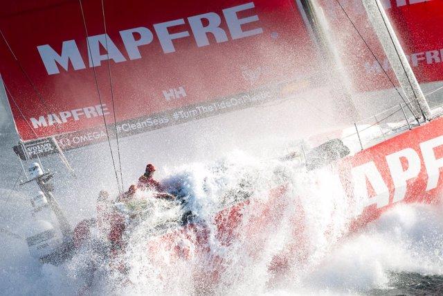 Maria Muina I MAPFRE. Start Of Leg 2 From Lisbon To Cape Town. Salida De La Et