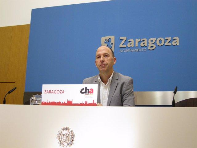 El Portavoz Del Grupo Municipal De CHA, Carmelo Asensio.
