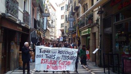 """Una manifestación en Pamplona alerta de la """"expansión del populismo xenófono en Europa"""""""