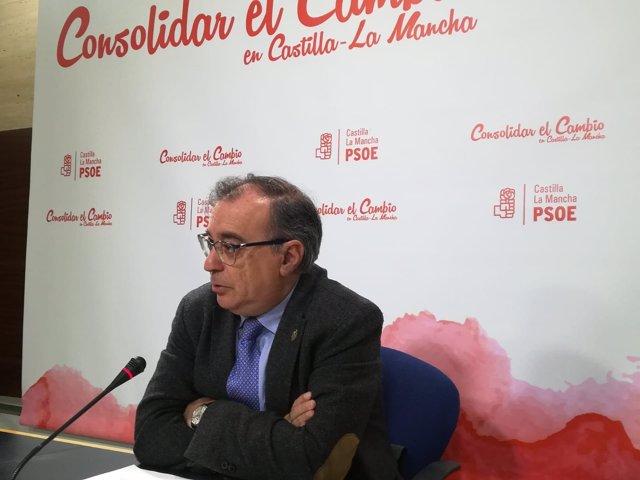 El diputado del PSOE de Castilla-La Mancha Fernando Mora