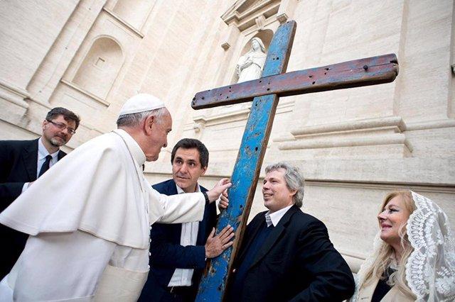 La Cruz De Lampedusa Enviada Por El Papa Francisco Llega A La Diócesis De Coria