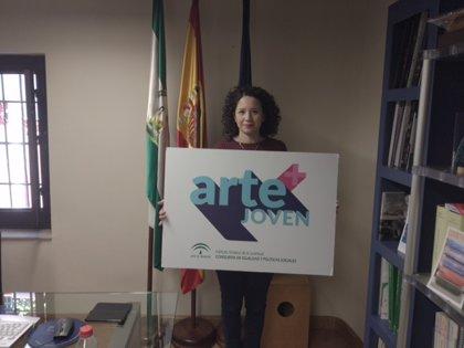 La Junta promueve la participación juvenil y la democracia en Granada con el programa 'Arte+Joven'