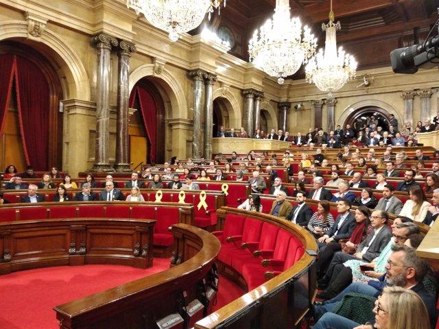 Pleno del Parlament con la ausencia del candidato Jordi Turull