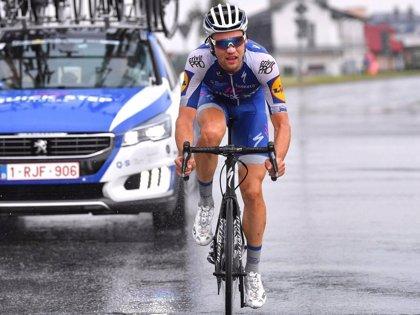 Schachmann sorprende a Diego Rubio en una reducida sexta etapa de la Volta a Catalunya