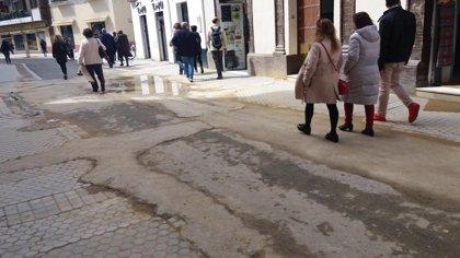 """PP ve una """"chapuza"""" en las obras en la calle Amor de Dios de Sevilla y avisa de que """"dificultarán"""" el paso de cofradías"""