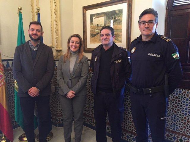 Reunión en Alcalá de Guadaíra entre Policía Nacional y Local
