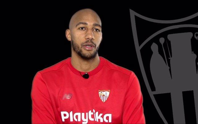 El centrocampista del Sevilla Steven N'Zonzi