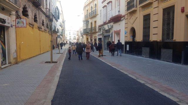 Calle Amor de Dios, en Sevilla