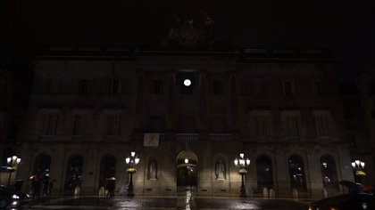 Barcelona se suma a 'La Hora del Planeta' apagando luces de puntos emblemáticos