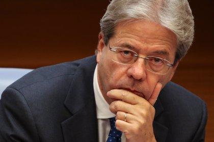Gentiloni cumple con el protocolo y presenta su dimisión tras el nombramiento de presidentes de Cámara y Senado