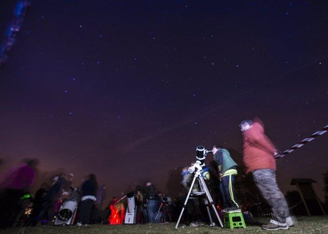 La lluvia de estrellas, observación astronómica
