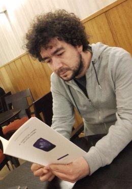 Garrido Paniagua con su libro 'El silencio del hombre sin otro hombre', 25-3-18