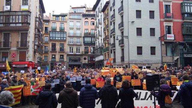 Concentración en Pamplona en contra de las últimas detenciones en Cataluña
