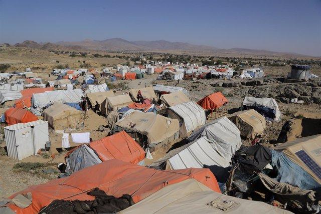 Campo de desplazados en Yemen