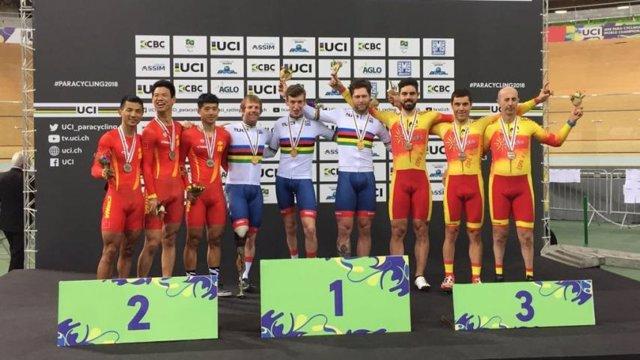 Selección española ciclismo adaptado en pista bronce velocidad equipos Mundial